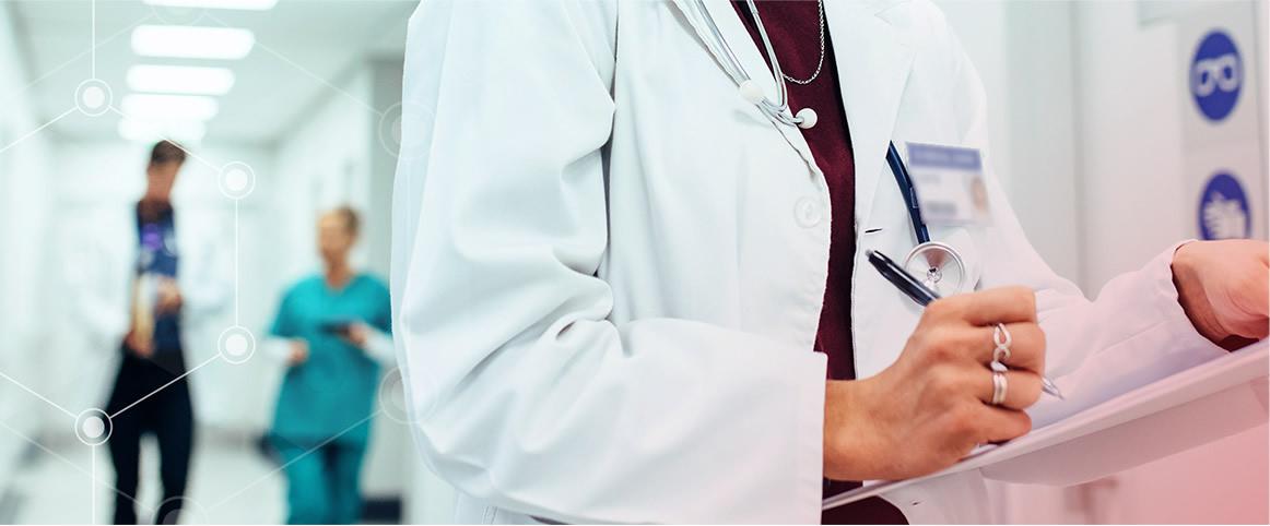 Medicamentos similares e intercambialidade: esclareça as principais dúvidas e conheça a regulação